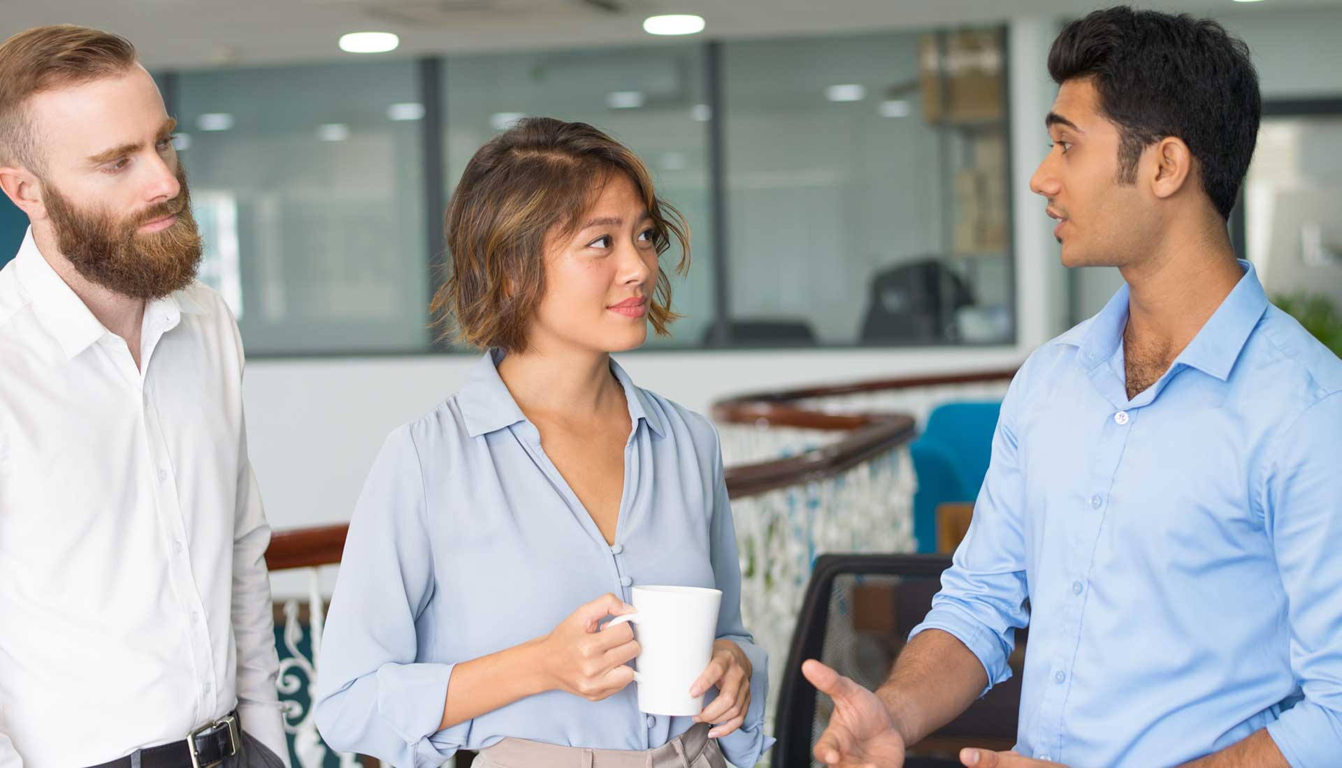 tips-to-socialize-with-your-co-working-neighbors